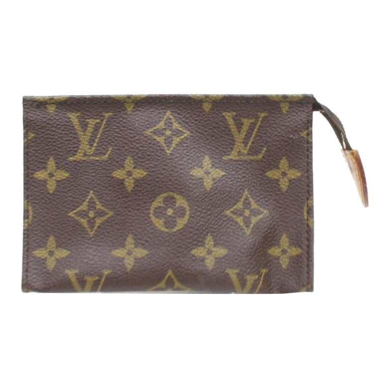 03ee0798c2a6 Louis Vuitton Brown Poche Monogram Toiletry Pouch 15 Toilette 868086  Cosmetic Ba For Sale