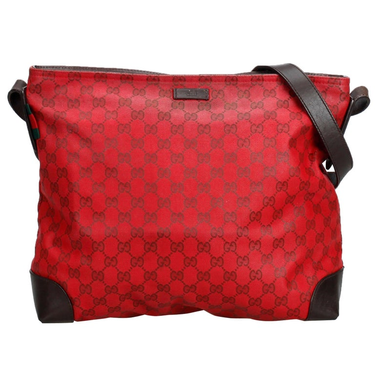 a522935da29 Gucci Red GG Supreme Crossbody Bag For Sale at 1stdibs