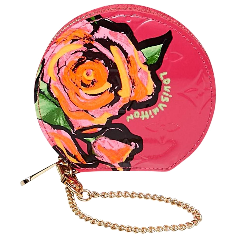 fe4cbdcebde5 Louis Vuitton Vernis Sarah Wallet Monogram Vernis Rose Pink   Good  Condition at 1stdibs