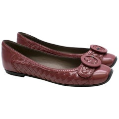 6486ab14a Bottega Veneta Black and White Woven Sandals US 5.5 For Sale at 1stdibs