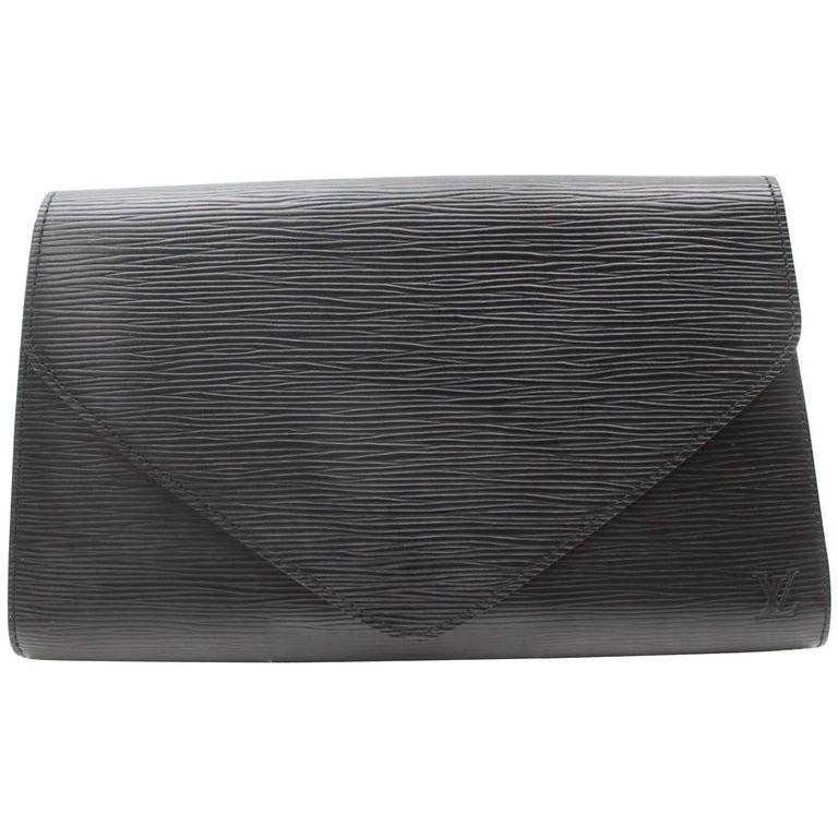 bab82de0e213 Louis Vuitton Pochette Noir Art Deco Envelope 869011 Black Leather Clutch  For Sale