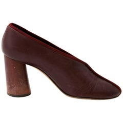 Céline Paris V Neck Barrel Heel Leather Pump - Size 37