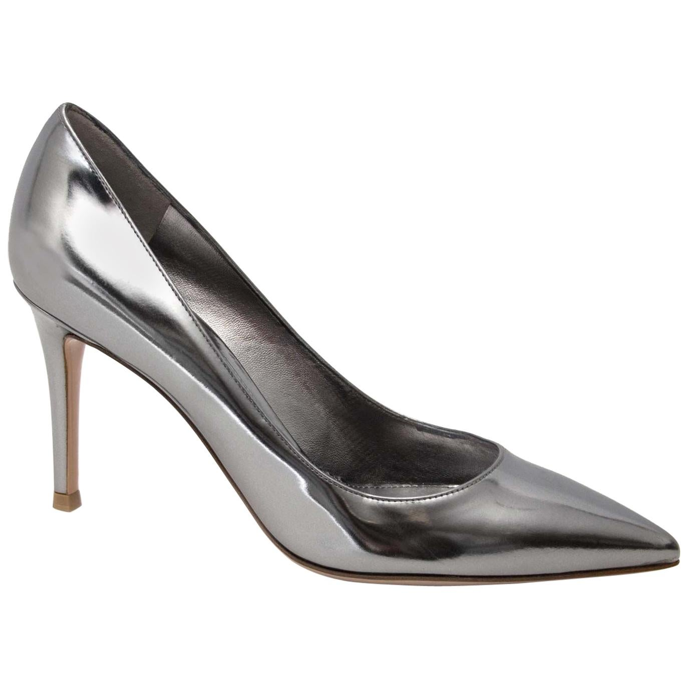 14ff4a484f Vintage and Designer Gray Shoes - 186 For Sale on 1stdibs
