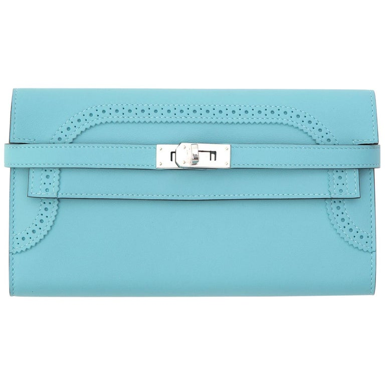 NEW Hermes Kelly Classic Ghillies Wallet Veau Swift Blue Atole PHW For Sale
