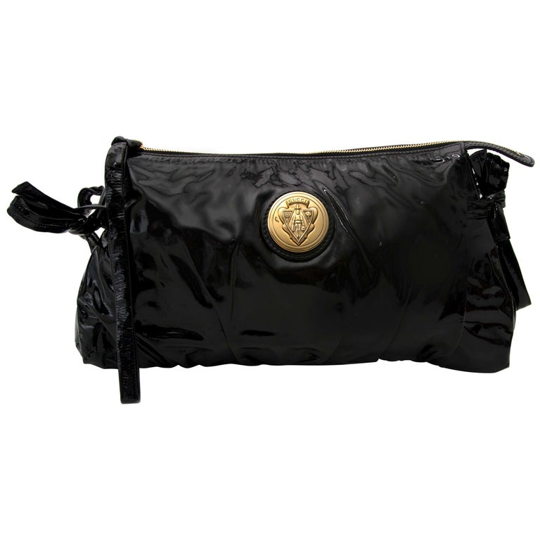 26f534c81772 Gucci Black Patent Leather Clutch For Sale at 1stdibs