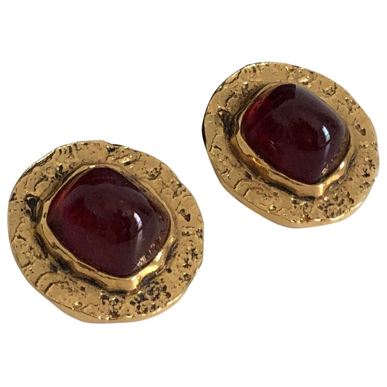 Chanel Red Glass Earrings with Textured Gold Setting Goossens Vintage 70s  For Sale