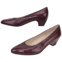 Ferragamo Burgundy Leather Spectator Style Shoes 8B, 1980's