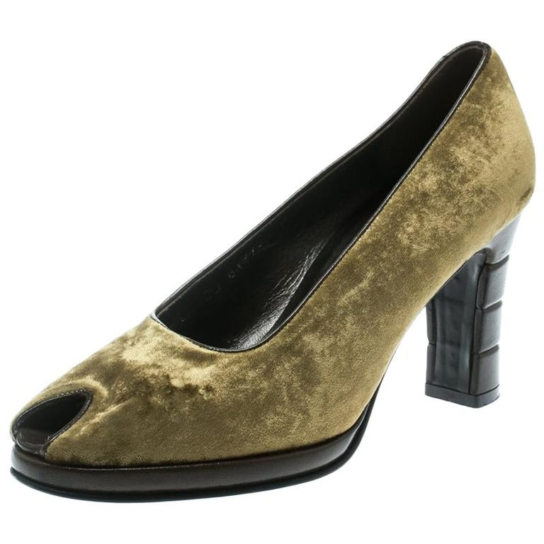 cfabdf70f0f Salvatore Ferragamo Green Velvet Peep Toe Pumps SIze 36.5 For Sale ...