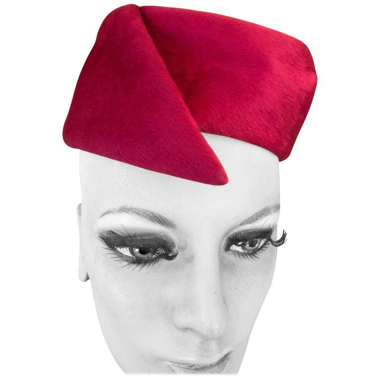 Christian Dior Jaunty Vintage 1960's Pillbox Hat for Miss Dior For Sale