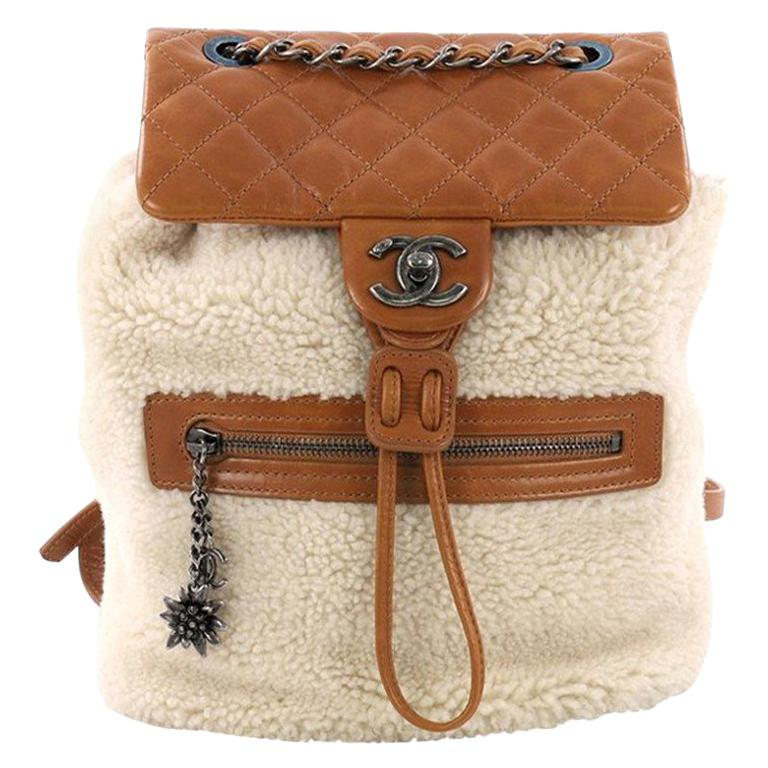 5862bb1b17ab56 Chanel Mountain Backpack Shearling with Quilted Calfskin Small For Sale at  1stdibs