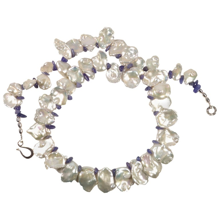 Fluttering White Keshi Pearl Necklace with Sparkling Tanzanite Accents For Sale