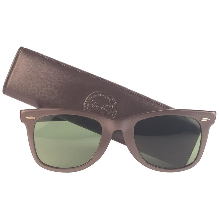 a928c55a9af1d New Ray Ban Wayfarer 1960 s Mid Century Pearl Grey RB3 Lenses B L USA  Sunglasses For Sale. The first and super Rare ...