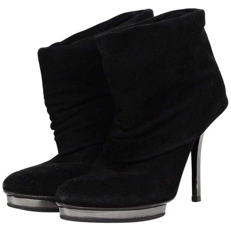 Gucci Black Suede Fold Over Heeled Boots Sz 36
