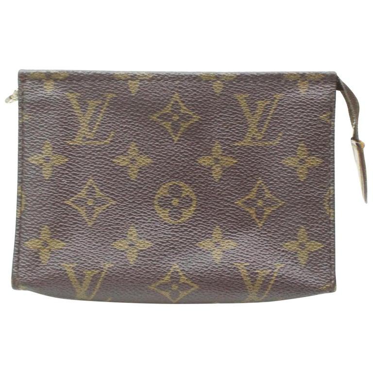 3a4cf2cc5fde Louis Vuitton Brown Poche Toiletry Pouch 15 Toilette 869614 Cosmetic Bag  For Sale