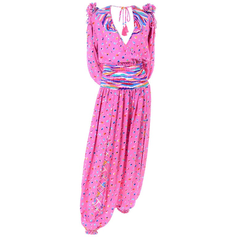 Diane Freis Vintage Pink Balloon leg Jumpsuit in Abstract Print w Puff Sleeves For Sale