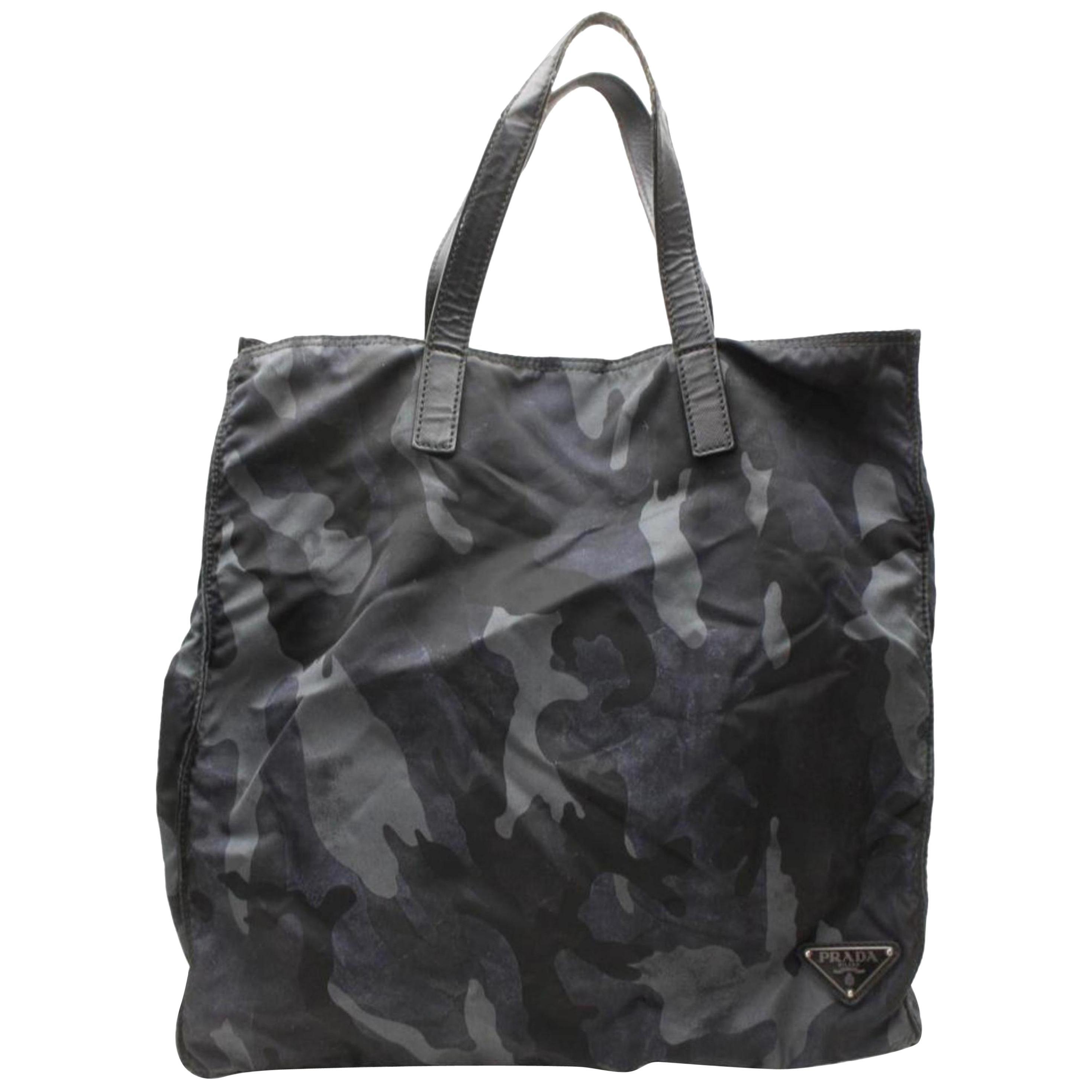 84af4ef062b8 Prada Black Nylon Tote Bag at 1stdibs