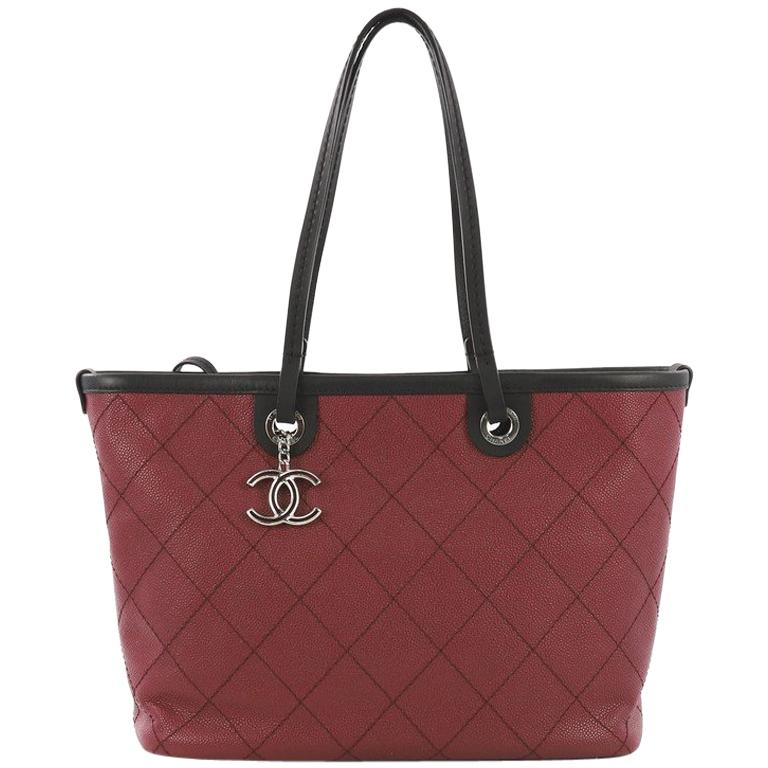 db40edc4d95c Chanel Fever Tote Quilted Caviar Small For Sale at 1stdibs
