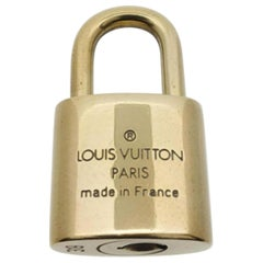 Louis Vuitton Gold Single Key Lock Pad Lock and Key 867689