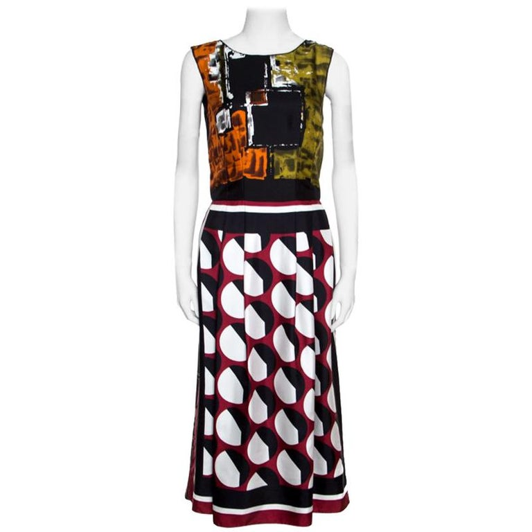 ac19abb1 Dolce and Gabbana Multilcolor Abstract Printed Silk Sleeveless Dress S For  Sale