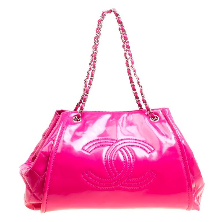 f104c2febee315 Chanel Fuschia Pink Patent Leather CC Tote For Sale at 1stdibs