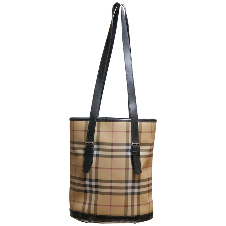 a59bd1abac4c Burberry Nova Check Bucket Bag For Sale at 1stdibs
