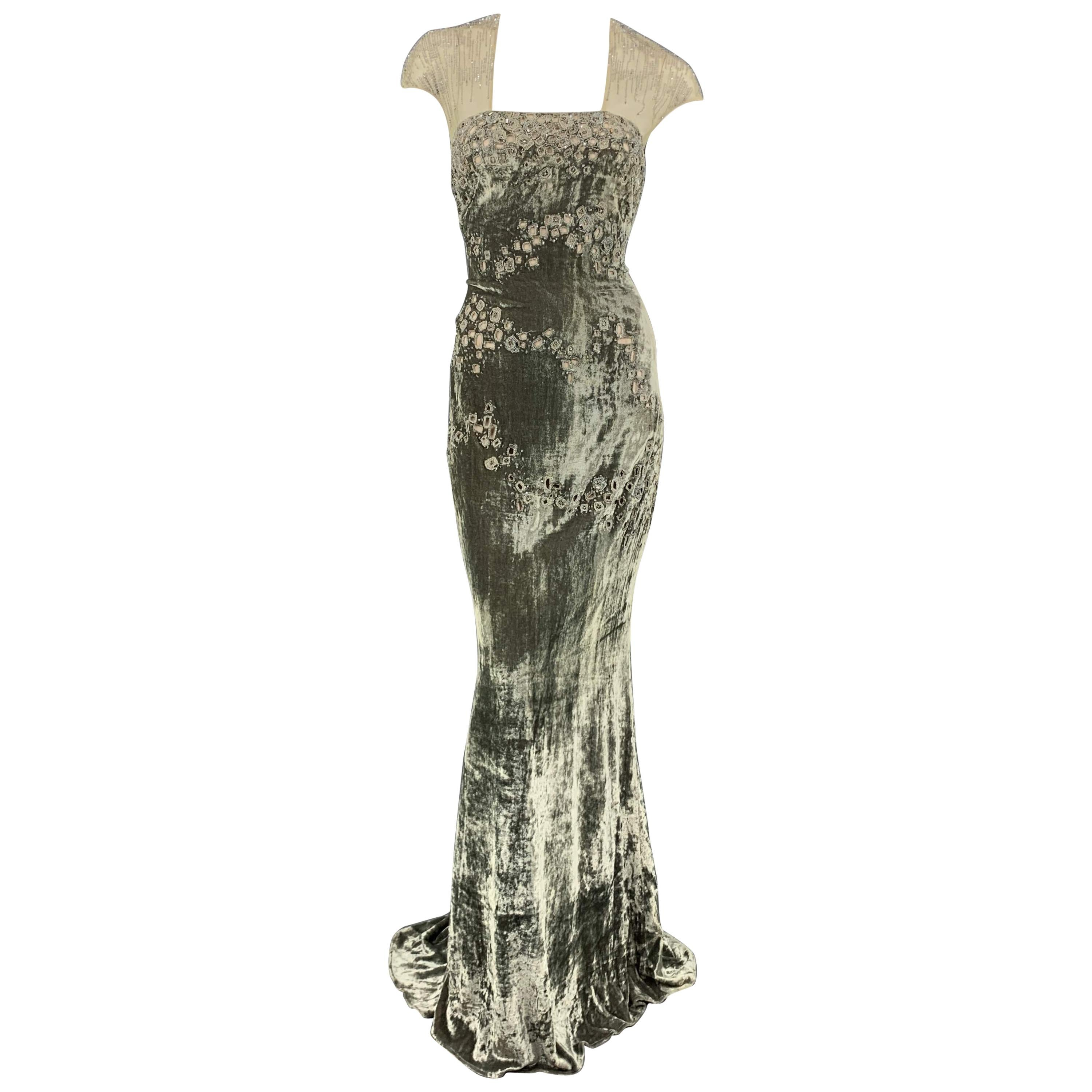 4673ed8af649e BADGLEY MISCHKA Size 10 Moss Green Beaded Tulle Top Evening Gown at 1stdibs