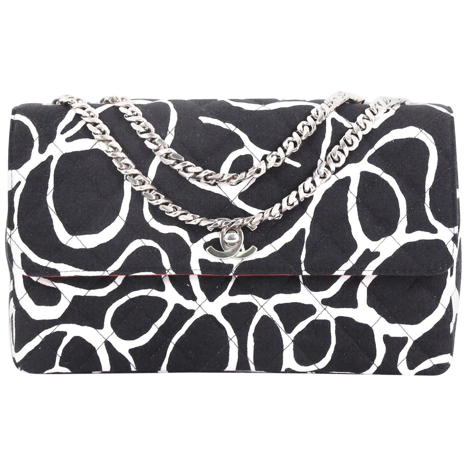 28bd4c6b4b1 Chanel Vintage CC Flap Bag Quilted Printed Canvas Medium at 1stdibs