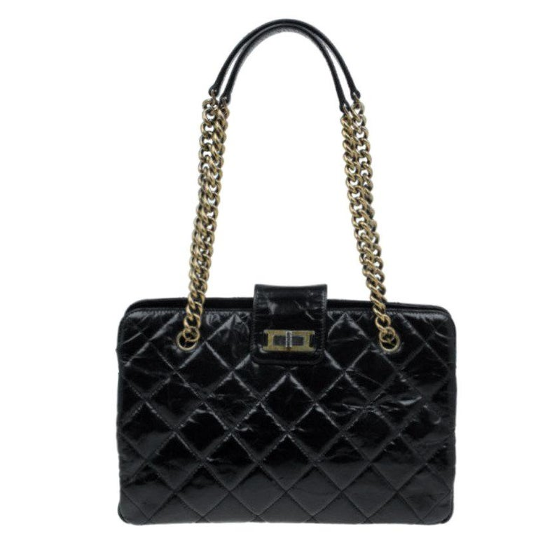 e798c1f62166 Chanel Black Glazed Cracked Calfskin Leather Tote For Sale at 1stdibs