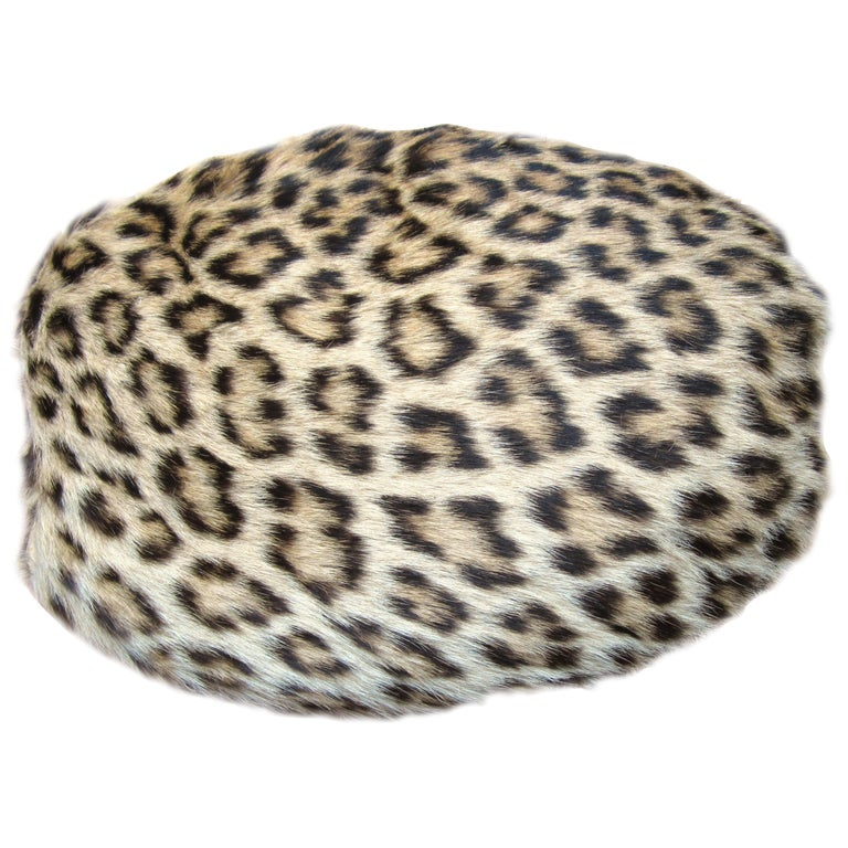 1940s-50s Leopard Print Muff Hand bag Vintage  For Sale