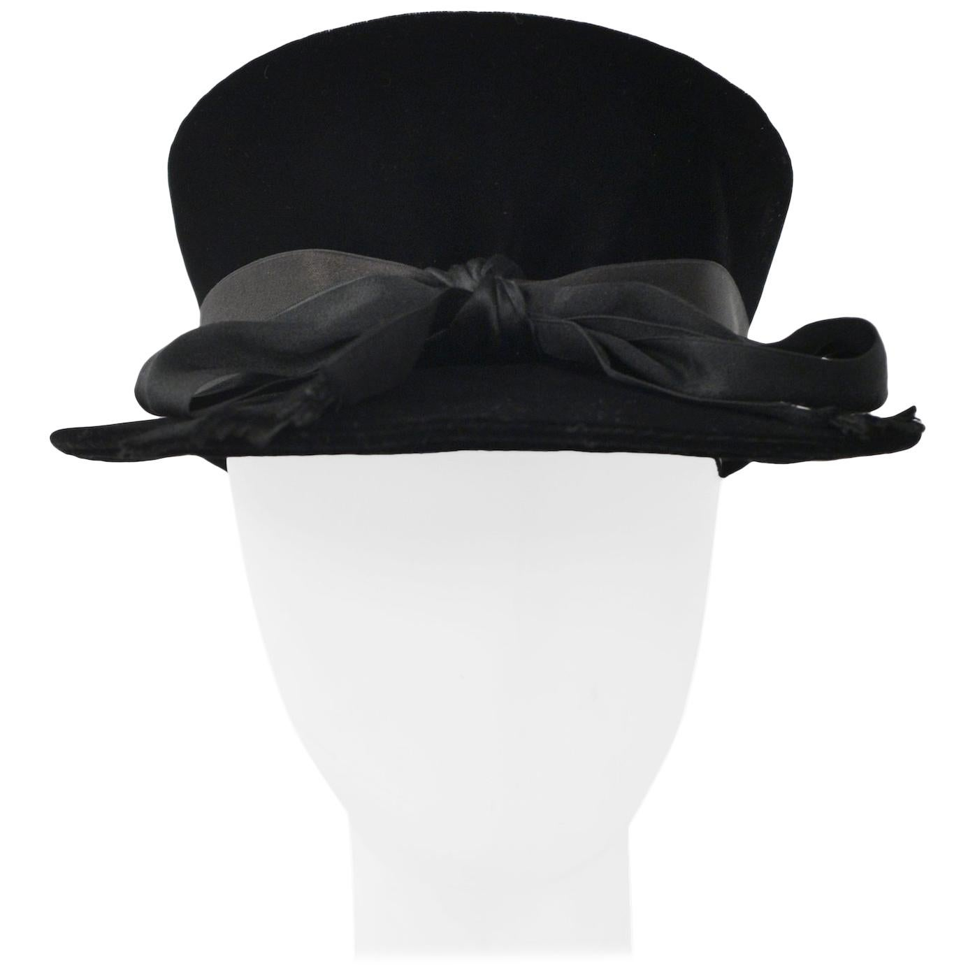 c9095dbf1a4 Vintage and Designer Hats - 1