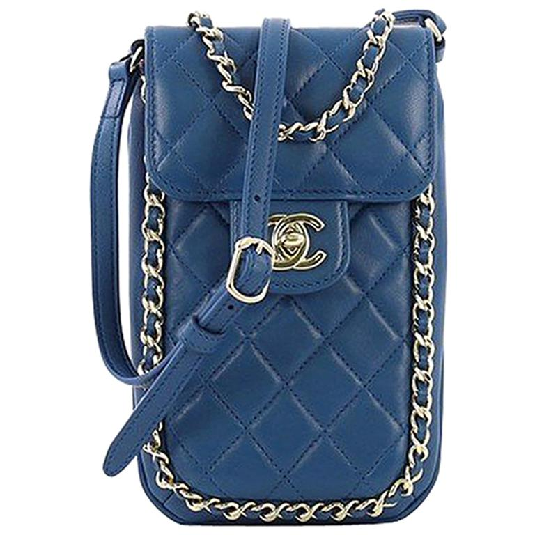 163de1df462e Chanel Chain Around Phone Holder Crossbody Bag Quilted Lambskin For Sale at  1stdibs