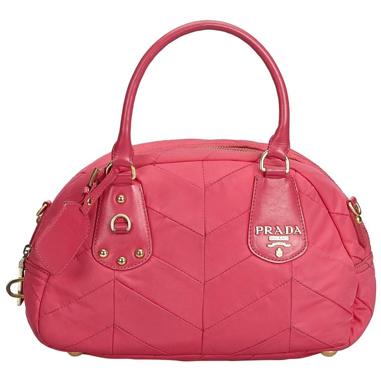 b6d22d0d6006 Prada Pink Nylon Fabric Quilted Handbag Italy For Sale at 1stdibs
