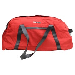 Gucci (Ultra Rare) Bicolor Technical Duffle 867161 Red Nylon Weekend/Travel Bag