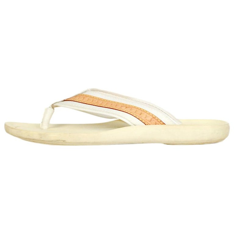 035512c85337 Louis Vuitton White Canvas Leather Logo Thong Sandals Sz 38 For Sale ...