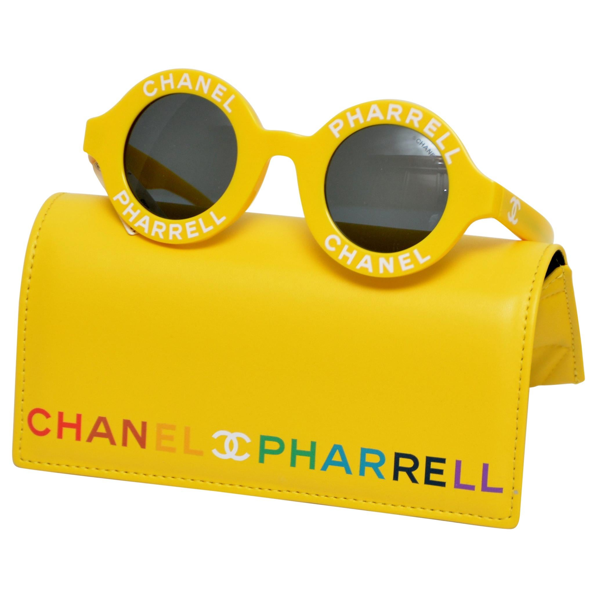 8355cbea713 Vintage Chanel Sunglasses - 86 For Sale at 1stdibs