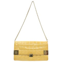 Chanel East West Quilted Flap 866712 Yellow Patent Leather Shoulder Bag