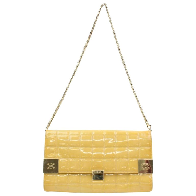 66157c268100 Chanel East West Quilted Flap 866712 Yellow Patent Leather Shoulder Bag For  Sale