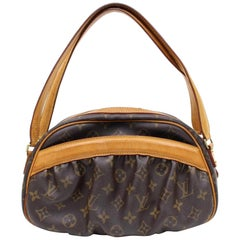 Louis Vuitton (Limited Edition) Klara 866543 Brown Coated Canvas Satchel