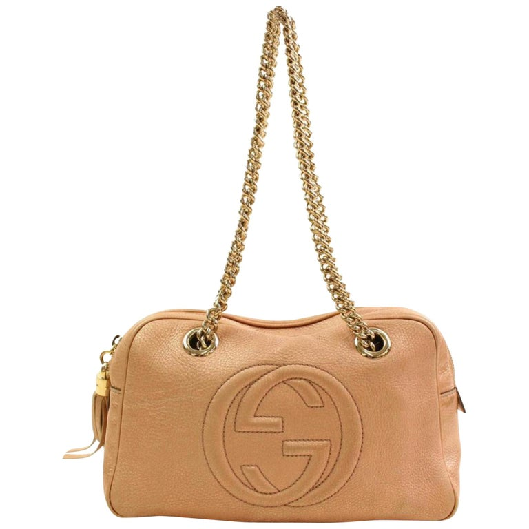 30617a23a808 Gucci Soho Dark Rare Chain Camera 866570 Pink Patent Leather Shoulder Bag  For Sale