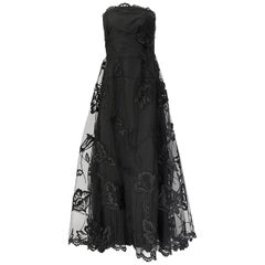 Fall 2006 Bill Blass Strapless Strapless Black Applique Floral & Net Dress