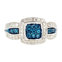 Gemjunky Blue Diamond and White Diamond Ring