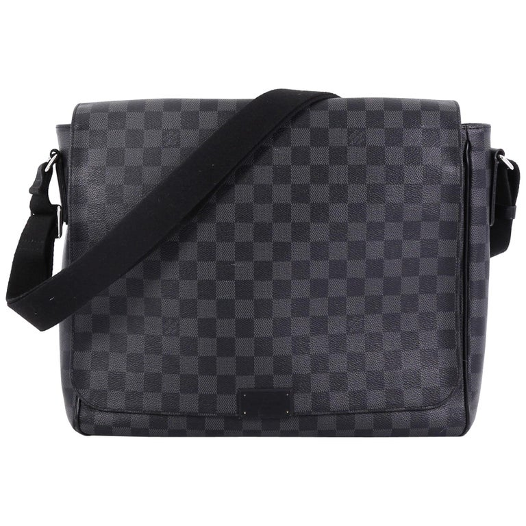f8d5684f54d9 Louis Vuitton District Messenger Bag Damier Graphite MM