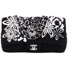 c965c4b5c85c Vintage Chanel Shoulder Bags - 1,969 For Sale at 1stdibs - Page 10