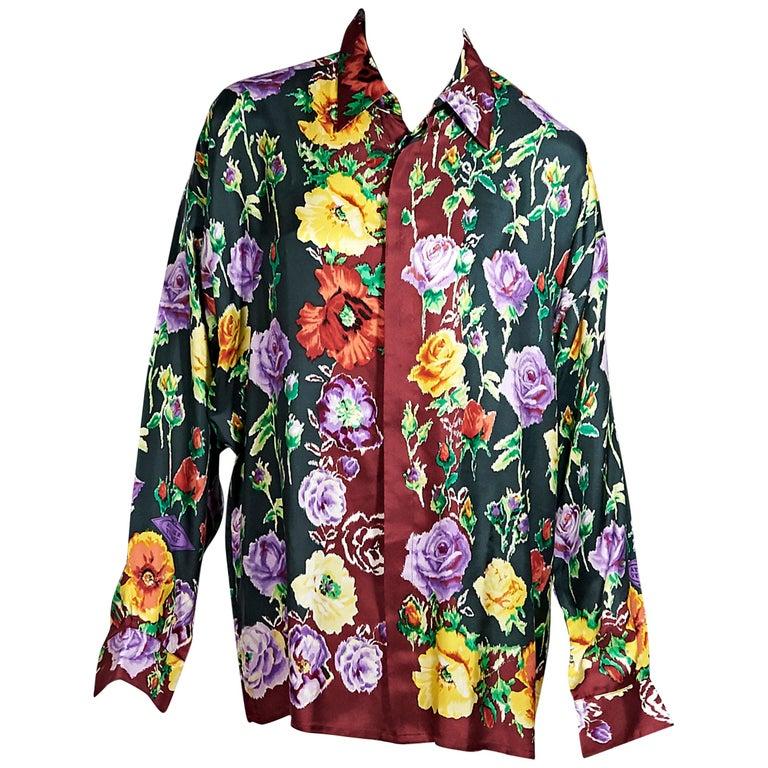 f9d378d7 Multicolor Vintage Gianni Versace Floral Silk Blouse For Sale at 1stdibs
