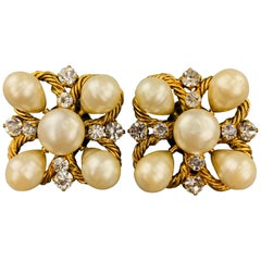 CHANEL Vintage Gold Rhinestone & Faux Pearl Cluster Clip On Earrings
