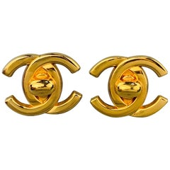 CHANEL Vintage Gold Tone Metal Turnlock CC Clip On Earrings - 1996 A