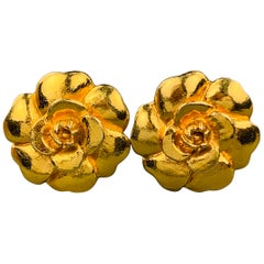 CHANEL VINTAGE Gold Tone Metal Camellia Clip On Earrings