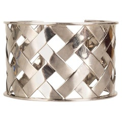 Verdura 18K White Gold Criss Cross Cuff