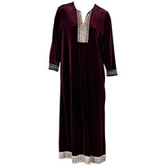 Burgundy Oscar de la Renta Velvet Maxi Dress