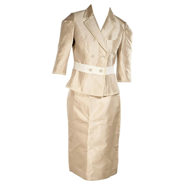 3fdc3318dd Cream Dolce and Gabbana Silk Skirt Suit Set For Sale at 1stdibs